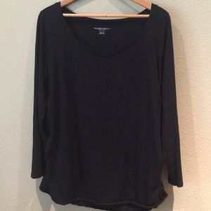 Liz Lange Long Sleeve Maternity T